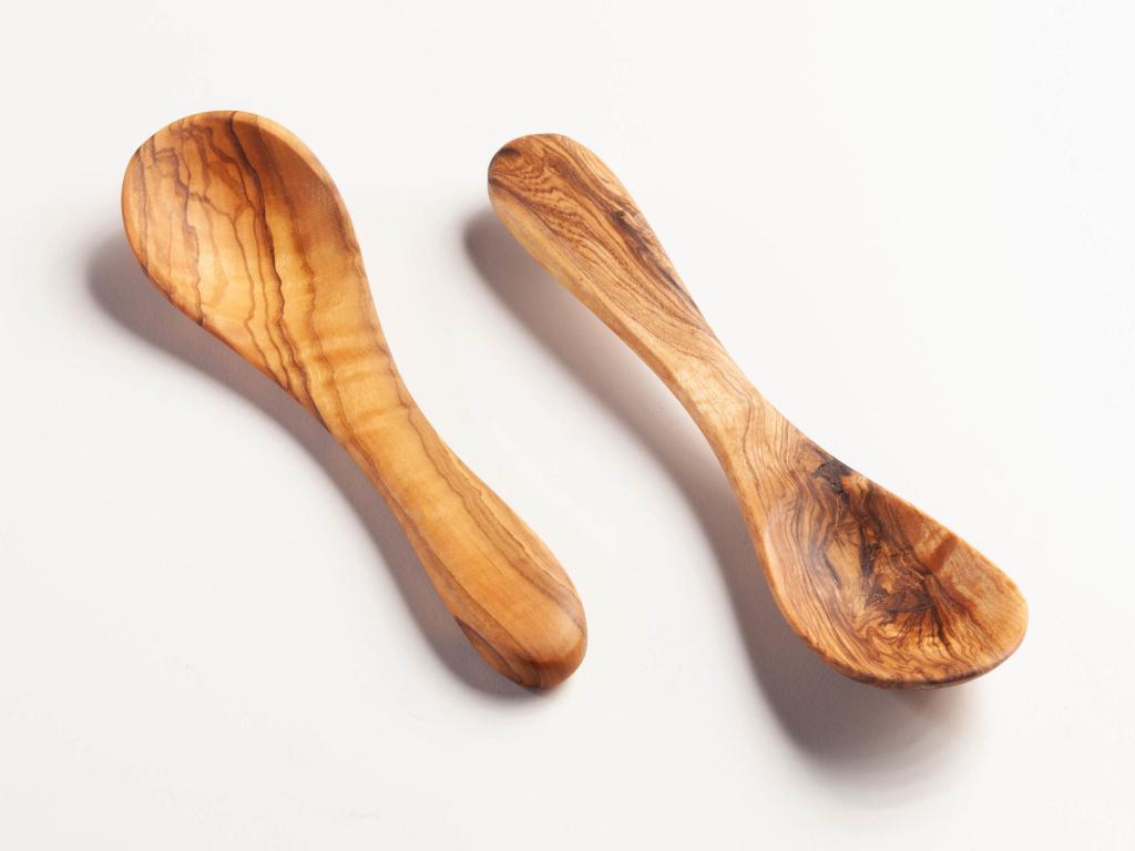 Salsa spoon
