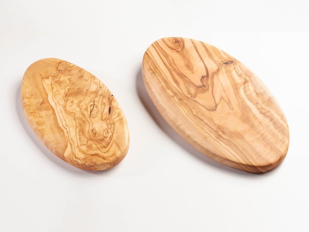 Brett aus Olivenholz -oval-